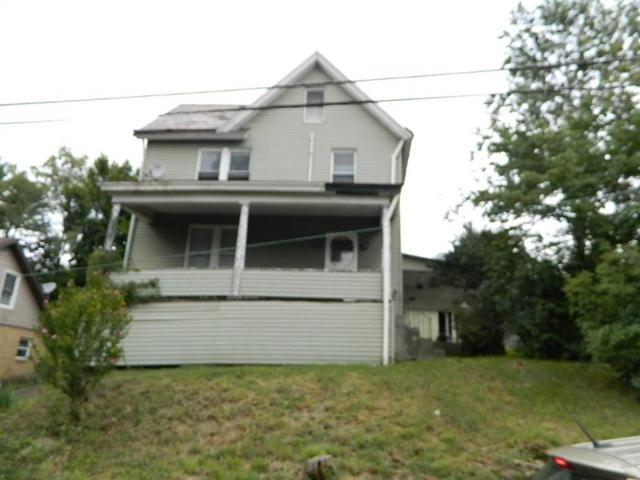 1322 Charlotte Ave, Rochester, PA 15074 (MLS #1361041) :: Keller Williams Pittsburgh