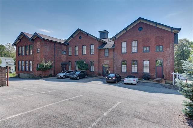 10 Walnut St #8, Emsworth, PA 15202 (MLS #1361581) :: Keller Williams Pittsburgh