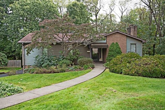 213 Deerpath Road, New Kensington, PA 15068 (MLS #1367445) :: Keller Williams Realty