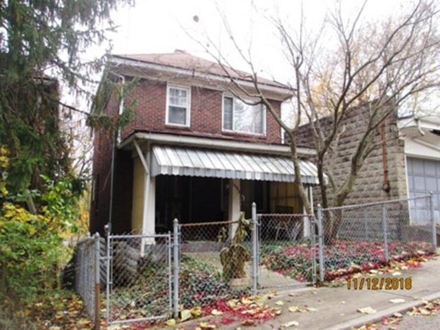 1402 Cresson St, Wilkinsburg, PA 15221 (MLS #1370835) :: Broadview Realty