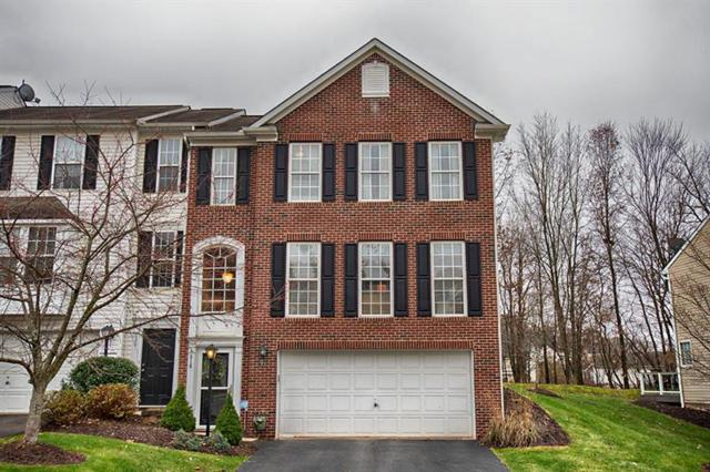 618 Village Green Blvd E, Adams Twp, PA 16046 (MLS #1371050) :: Keller Williams Realty