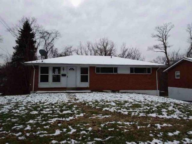 552 Firethorne Dr, Monroeville, PA 15146 (MLS #1374751) :: Broadview Realty