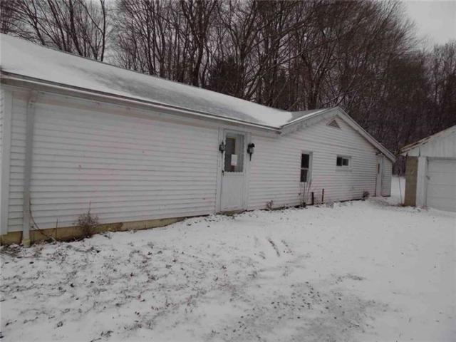 100 Blom Rd, Pine Twp - Mer, PA 16127 (MLS #1380151) :: Broadview Realty