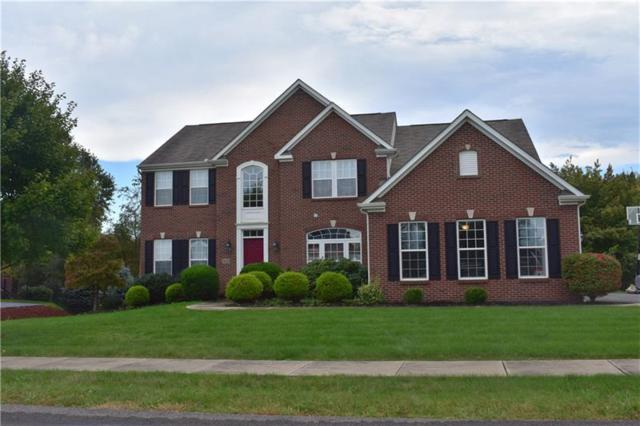 1018 Autumn Woods Dr, Moon/Crescent Twp, PA 15108 (MLS #1381535) :: The SAYHAY Team