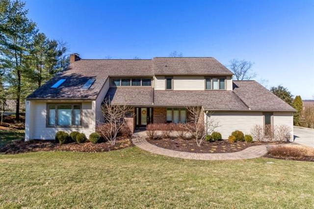 178 Fireside Drive, Peters Twp, PA 15317 (MLS #1383551) :: Broadview Realty
