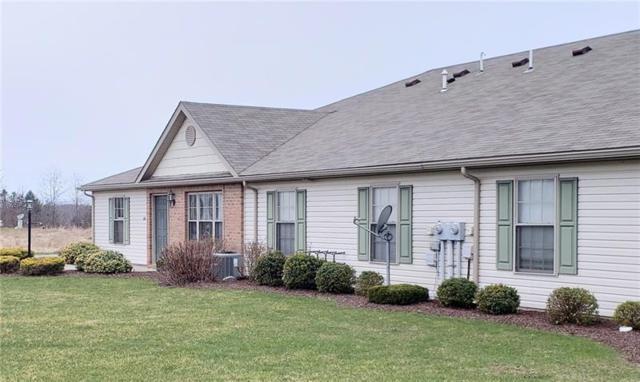 126 Arlington Drive, Slippery Rock Boro, PA 16057 (MLS #1388735) :: Broadview Realty