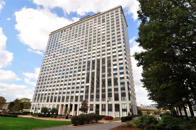 320 Fort Duquesne Blvd 18A, Downtown Pgh, PA 15222 (MLS #1390446) :: Broadview Realty