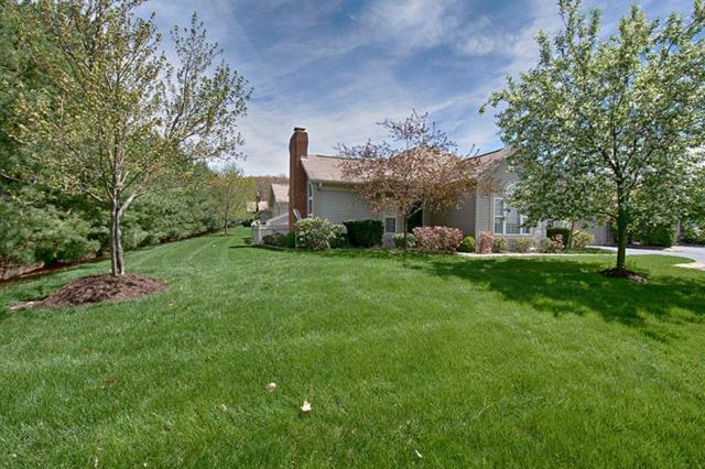 530 Madison Blvd, New Sewickley Twp, PA 15042 (MLS #1394094) :: Keller Williams Realty