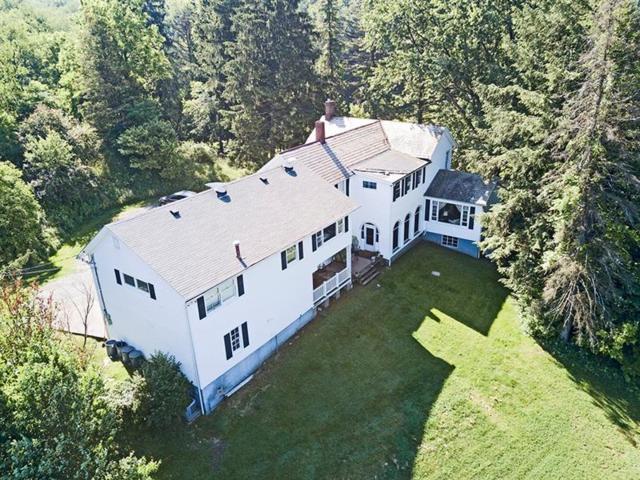 106 Spring House Lane, Pine Twp - Nal, PA 15044 (MLS #1395077) :: The SAYHAY Team