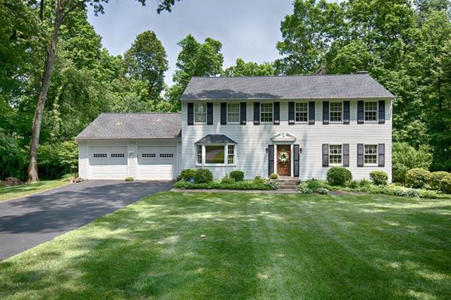 148 Windermere Dr, Middlesex Twp, PA 16059 (MLS #1399749) :: Keller Williams Realty