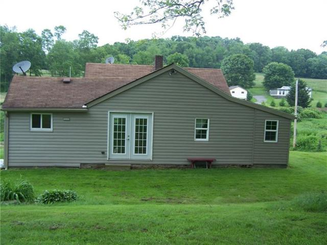 162 Gas Valley Rd, Hanover Twp - Bea, PA 15043 (MLS #1400561) :: REMAX Advanced, REALTORS®