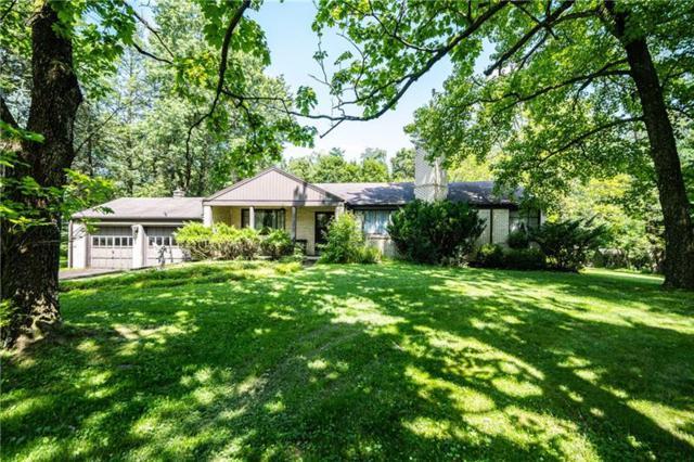 200 Buckingham Road, Fox Chapel, PA 15215 (MLS #1406083) :: Broadview Realty
