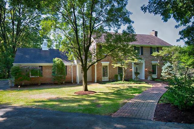 212 Field Club Rd, Fox Chapel, PA 15238 (MLS #1411985) :: Broadview Realty