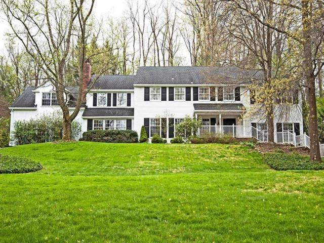 104 Hickory Hill, Fox Chapel, PA 15238 (MLS #1412195) :: Broadview Realty