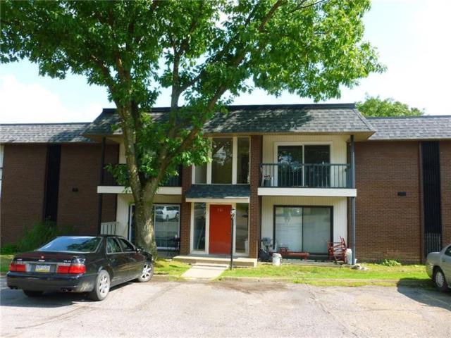 701 College Park #10, Moon/Crescent Twp, PA 15108 (MLS #1412483) :: REMAX Advanced, REALTORS®