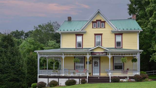 156 Rockdale Rd, Black Twp, PA 15557 (MLS #1417942) :: Broadview Realty