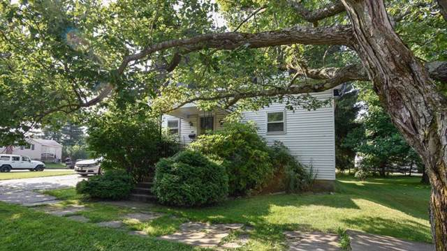 305 W Garrett St, Somerset Boro, PA 15501 (MLS #1418356) :: Broadview Realty