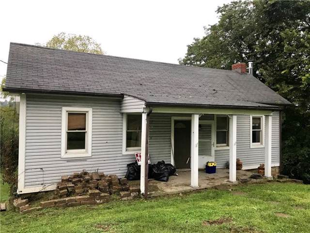 1452 E Maiden, South Strabane, PA 15301 (MLS #1420019) :: RE/MAX Real Estate Solutions
