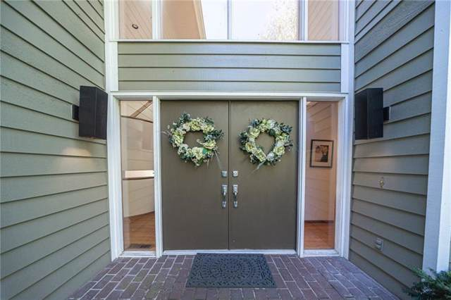 1 Twin Pine Ct, Fox Chapel, PA 15215 (MLS #1420297) :: Broadview Realty