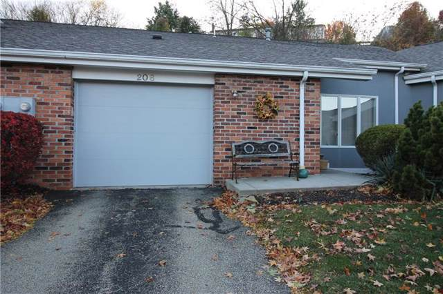 208 Queens Ct, North Strabane, PA 15317 (MLS #1425237) :: Broadview Realty
