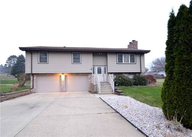 103 Colonial Way, Center Twp - Bea, PA 15001 (MLS #1427350) :: The SAYHAY Team