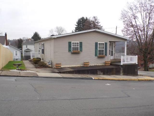 453 Isabella Ave, N Charleroi, PA 15022 (MLS #1430052) :: Dave Tumpa Team