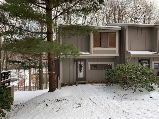 7 Lakeview Dr, Somerset Boro, PA 15502 (MLS #1431903) :: Broadview Realty