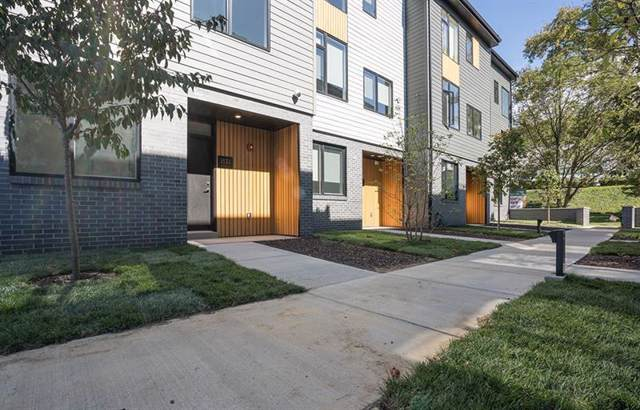 5529 Berlin Way 11-42 A, Lawrenceville, PA 15201 (MLS #1432038) :: Broadview Realty