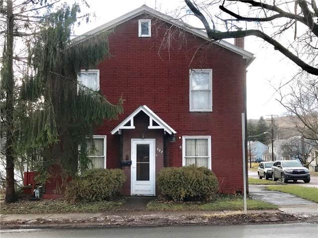 327 Grant St, Meyersdale Boro, PA 15552 (MLS #1433910) :: RE/MAX Real Estate Solutions