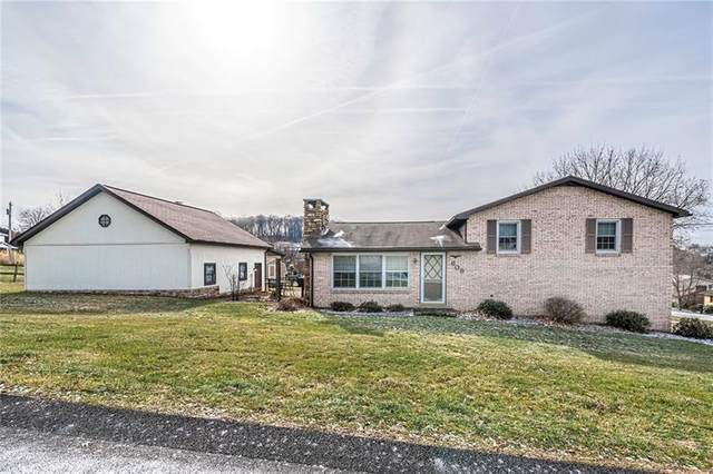 609 Courtview Drive, Hempfield Twp - Wml, PA 15601 (MLS #1436545) :: Broadview Realty
