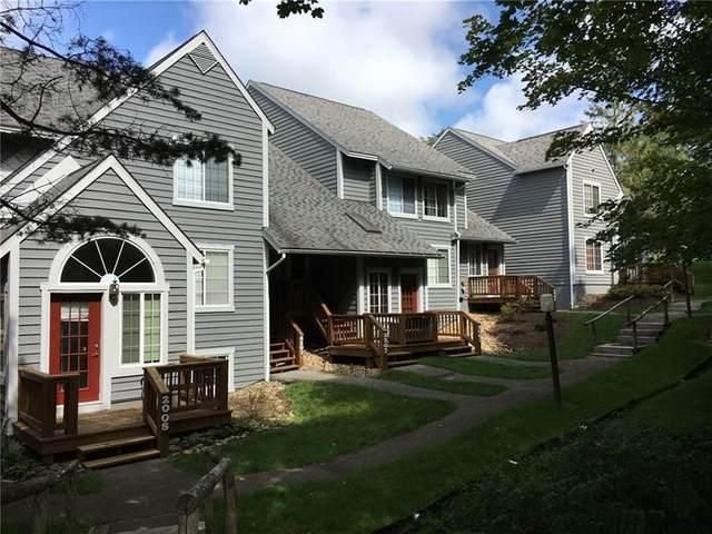 2207 South Ridge Terrace, Hidden Valley, PA 15502 (MLS #1437154) :: Dave Tumpa Team