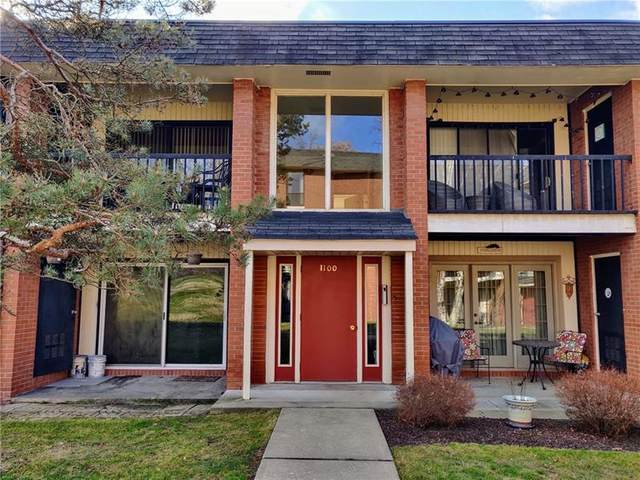 1100 College Park Dr #1, Moon/Crescent Twp, PA 15108 (MLS #1437164) :: Dave Tumpa Team