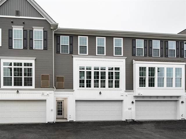 319 Parade Street, Cranberry Twp, PA 16066 (MLS #1441765) :: Broadview Realty