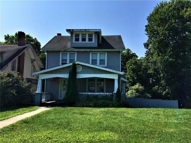 602 Sumner Ave, New Castle/2Nd, PA 16105 (MLS #1442039) :: The SAYHAY Team