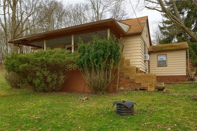 190 Jamisonville Rd, Center Twp - But, PA 16001 (MLS #1442193) :: The SAYHAY Team