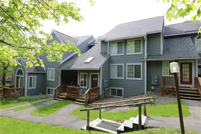 2007 South Ridge Terrace, Hidden Valley, PA 15502 (MLS #1443111) :: Broadview Realty
