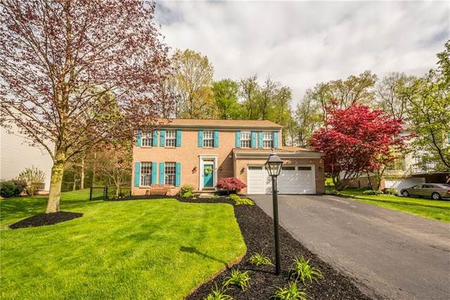 324 Shady Glen Dr, Moon/Crescent Twp, PA 15108 (MLS #1444281) :: Dave Tumpa Team