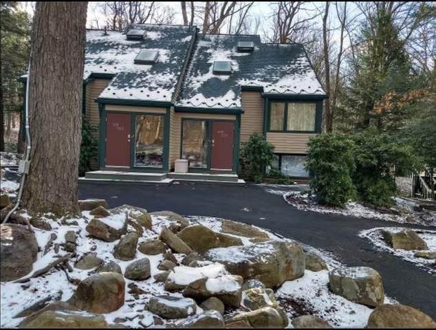 552 Laurel Pond, Farmington, PA 15437 (MLS #1444821) :: Broadview Realty