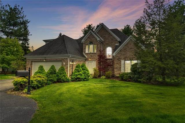 36 Pond Court South, South Fayette, PA 15017 (MLS #1445848) :: Dave Tumpa Team