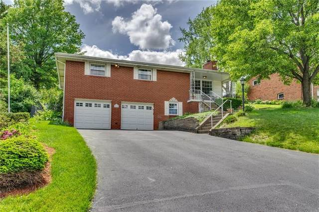 426 Wyndhurst, Moon/Crescent Twp, PA 15108 (MLS #1448127) :: RE/MAX Real Estate Solutions