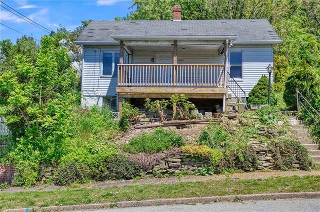 805 Ellsworth Ave, Jeannette, PA 15644 (MLS #1448841) :: Dave Tumpa Team
