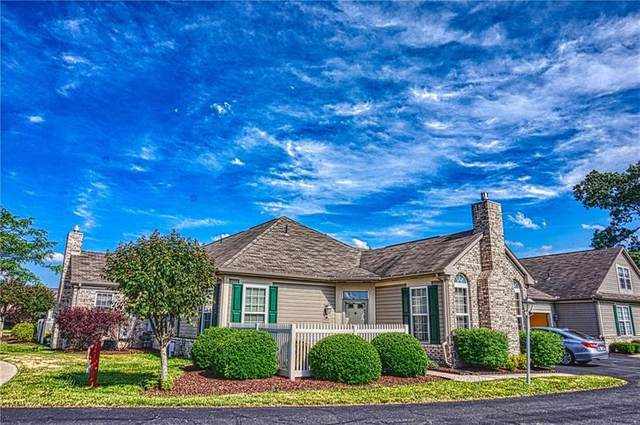 2092 Winchester Ct, Connoquenessing Twp, PA 16053 (MLS #1453756) :: Dave Tumpa Team