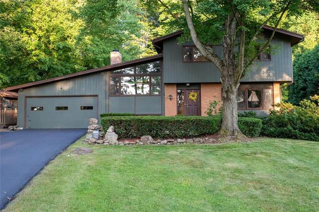 1840 Valley View Rd, Hermitage, PA 16148 (MLS #1454813) :: RE/MAX Real Estate Solutions