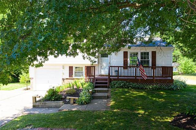 412 Anna Marie Dr, Cranberry Twp, PA 16066 (MLS #1455115) :: The SAYHAY Team