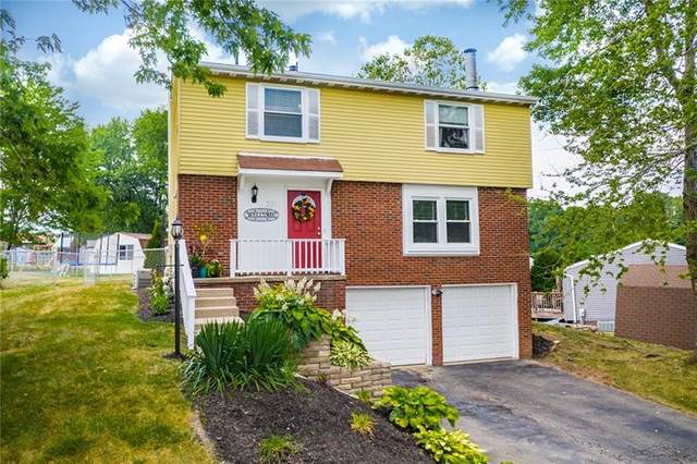 231 Glenmore Dr, Moon/Crescent Twp, PA 15108 (MLS #1456048) :: The SAYHAY Team