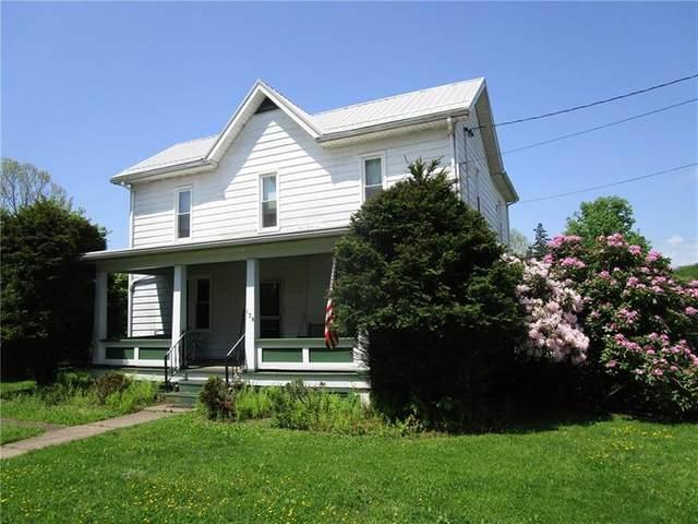 138 Chestnut Street, St Clair Twp, PA 15944 (MLS #1456381) :: Broadview Realty