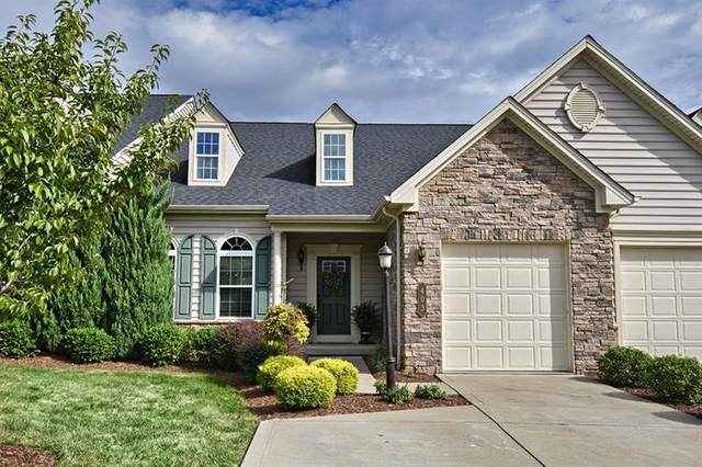 403 Jonquil Lane, Collier Twp, PA 15017 (MLS #1466506) :: The SAYHAY Team