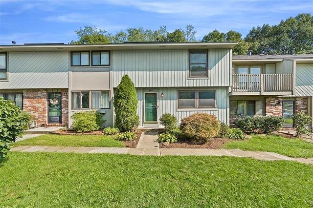 914 Mill Court, South Fayette, PA 15017 (MLS #1467290) :: The Dallas-Fincham Team