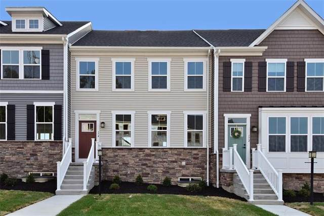 174 Moyer Hill Drive, Cranberry Twp, PA 16066 (MLS #1468729) :: The SAYHAY Team