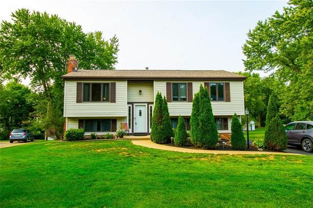 302 Meadow Dr, Cranberry Twp, PA 16066 (MLS #1468991) :: RE/MAX Real Estate Solutions